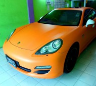 Porsche panamera s Full Wrap Orange Matte
