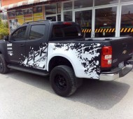 Chevrolet Colorado Full Wrap ดำด้าน แต่งลาย Jackson Pollock