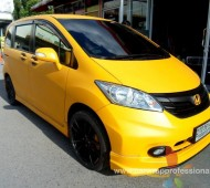 Honda Freed Full Wrap Yellow Colors 020M Oracal