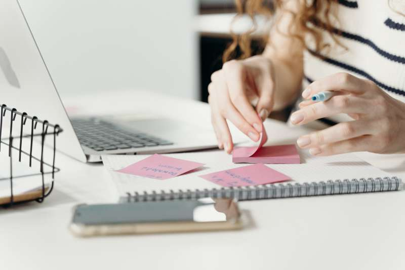 Proper And Valuable Knowledge About Creative Writer