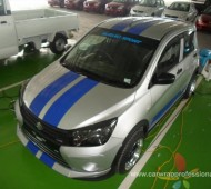 Suzuki celerio 2014 Blue Viper stripes Design